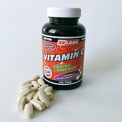 VITAMIN C 1000 MG + ROSE HIPS  | Strongbody.cz